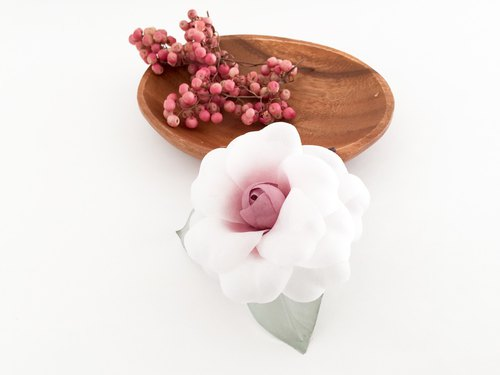 Corsage: Camellia - white and Sirotae - <white × pink>