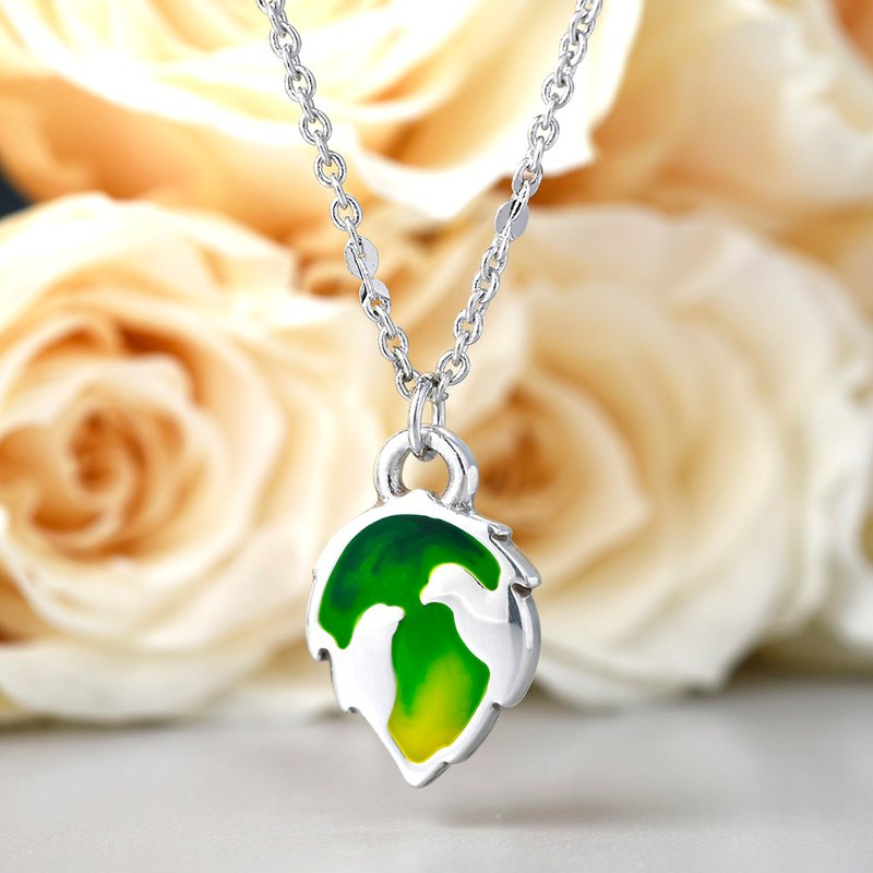 Hand-painted cold 珐琅 series love 爱情 love bird shape necklace gradually green
