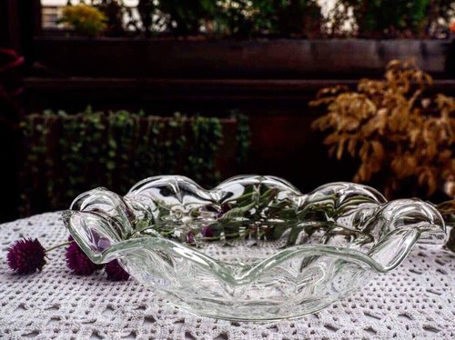 Antique wave arc glass bowl / fruit salad plate (JS)