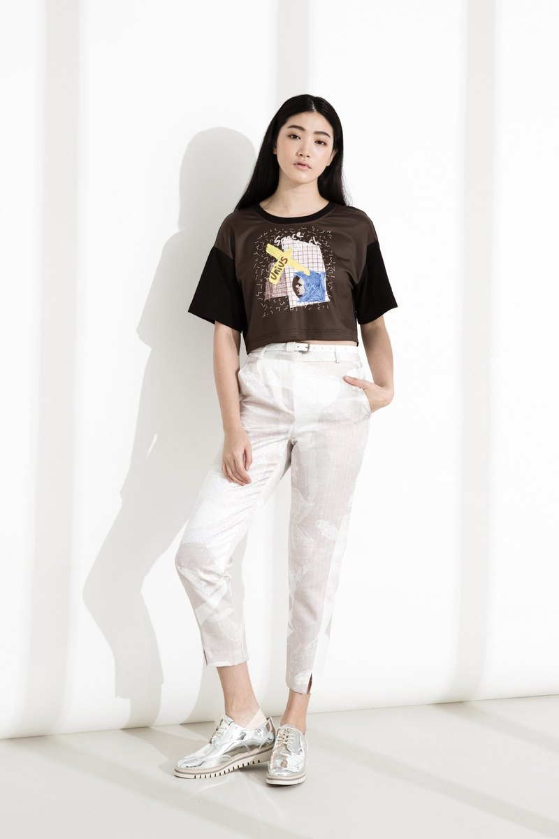 CLLECTION1~SPACE TRASH Spaceman Glossy Print Cropped Pants