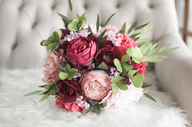 Classic Red Medium Flower Bouquet