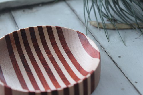 Hand made wooden dinner plate / African rosewood, maple