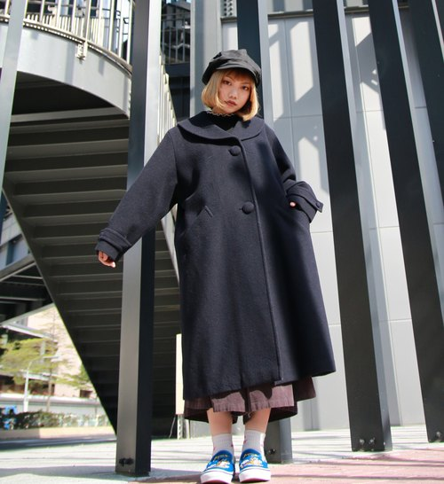 Back to Green :: Japanese Tee big round buckle hem fan vintage overcoat (OC-24)