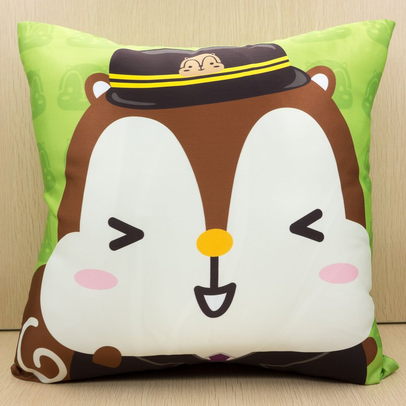 Squly Cushion (train captain)