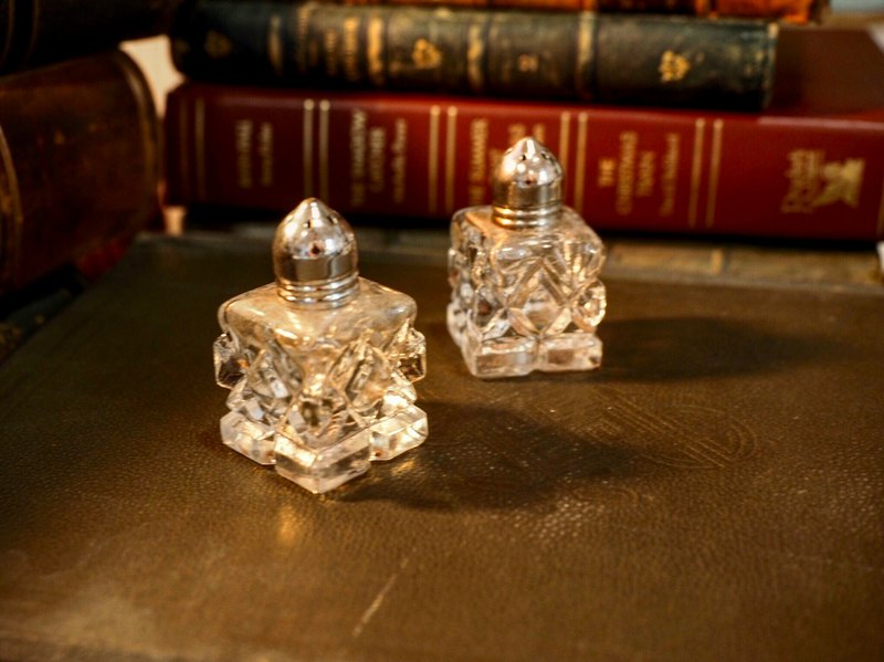 American antique mini glass pepper and salt shaker sold in groups of two