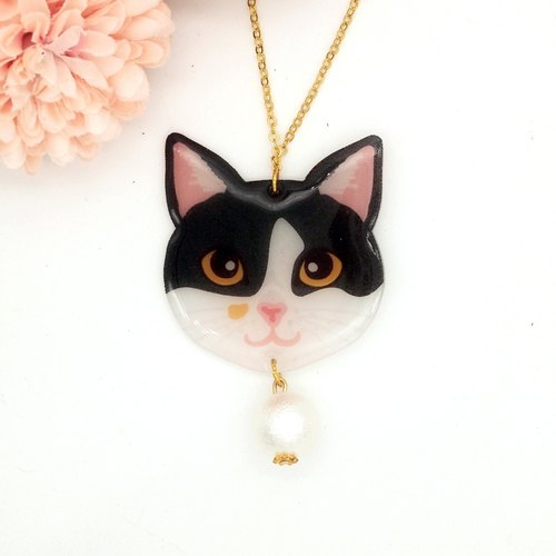 Meow handmade cat and cotton pearl necklace - black and white cat