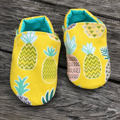 Pineapple toddler shoes