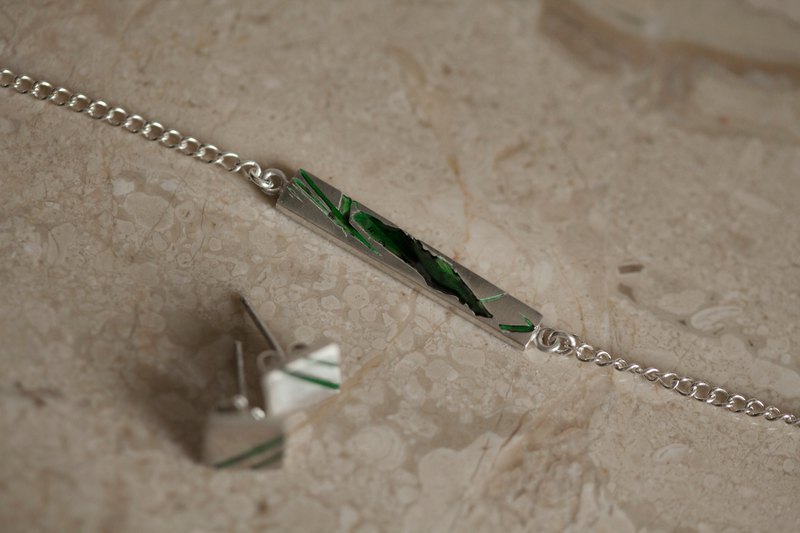 Sterling silver broken texture enamel necklace-yellow green transparent