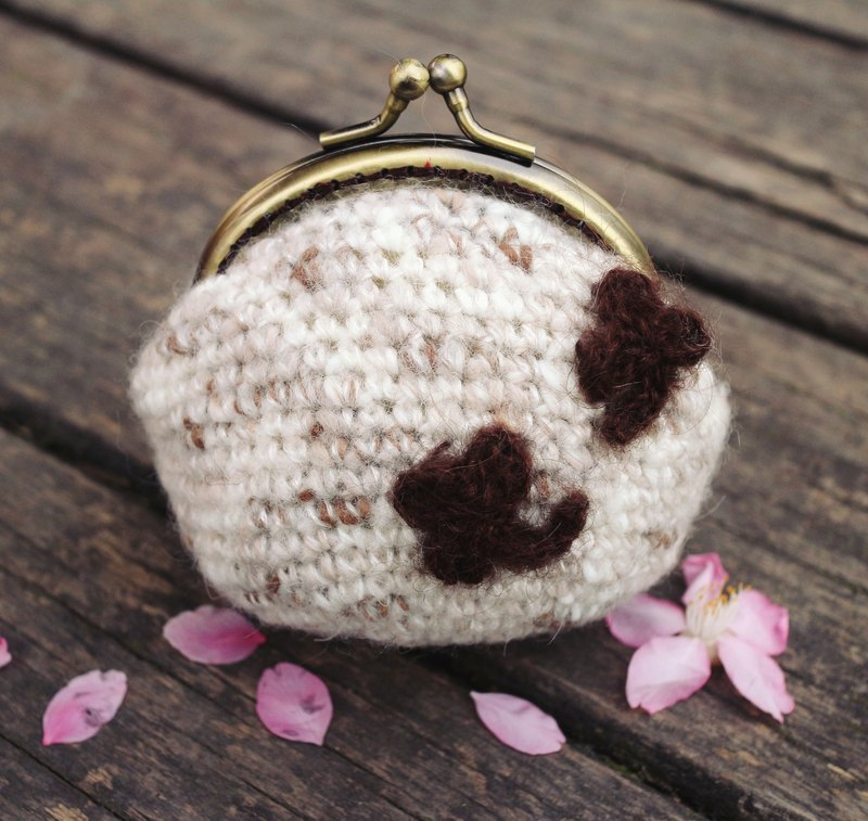 Hand made - small indeed fortunate - Clover mouth gold purse