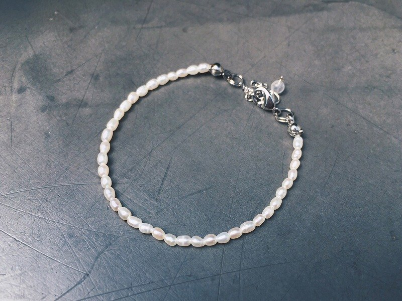[Ofelia.] Natural stone series - single-strand freshwater pearl sterling silver bracelet [J85-Pearl] Crystal / natural stone