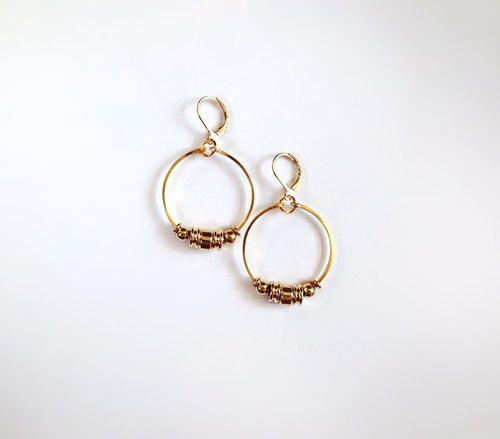 [Circle geometry] Hand-made brass circle • Earrings (changeable clip type)