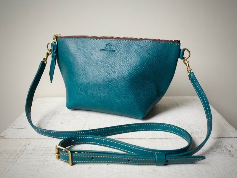 Italian leather handbag shoulder bag barco turquoise