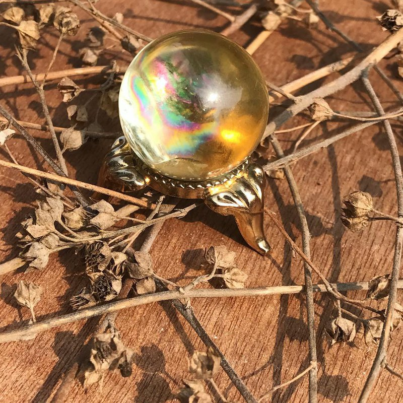 [Lost and find] natural stone rainbow citrine crystal ball ornaments