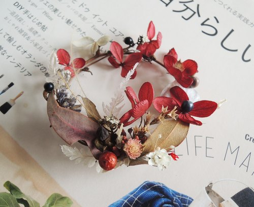 Sweet ‧ circle sketch series handmade Preserved red hydrangea flowers eucalyptus Ye Star Classic French white plum flowers dried hydrangea donuts little small wreath wreath sweet spot tower wall