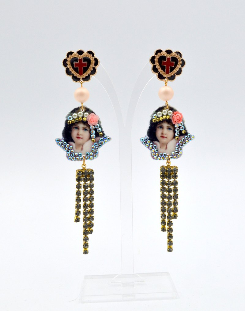 Girlish pattern with Swarovski crystal earrings