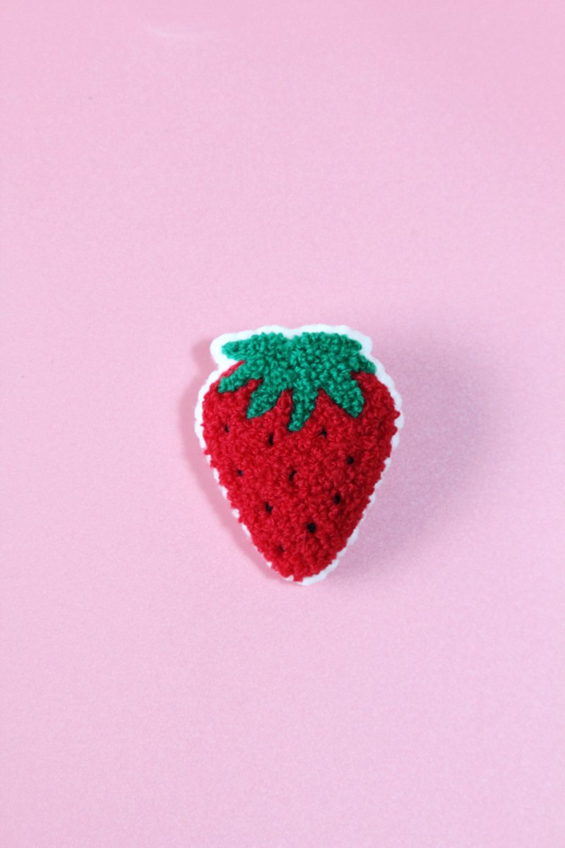 Japanese Magnets Cute Strawberry Pin