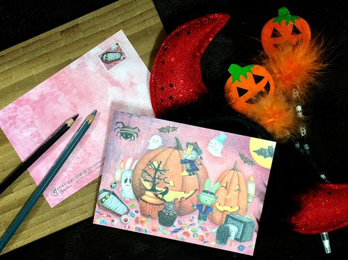 Noello hand-painted postcards - pumpkin spread all over