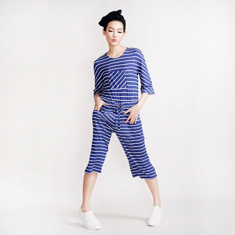 One-piece wide-mouth pants - calm in peace