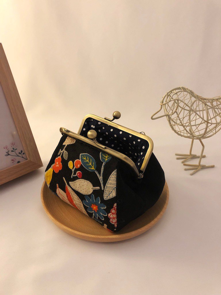 Autumn style square gold coin purse