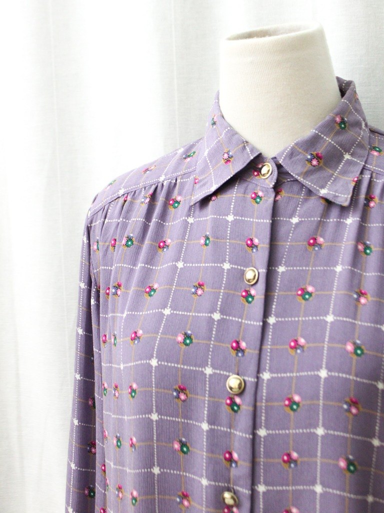 【RE0720T132】 Made in Japan, it is a lovely vintage flower