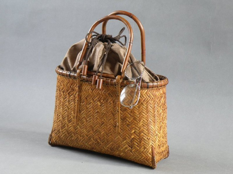 Bamboo cage bag Basket bag Braided roof bamboo bamboo bamboo smoke Kurishima bamboo