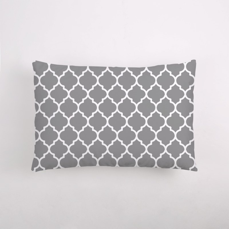 Moroccan Quatrefoil Classic Moroccan pattern / Sleeping pillow / color custom
