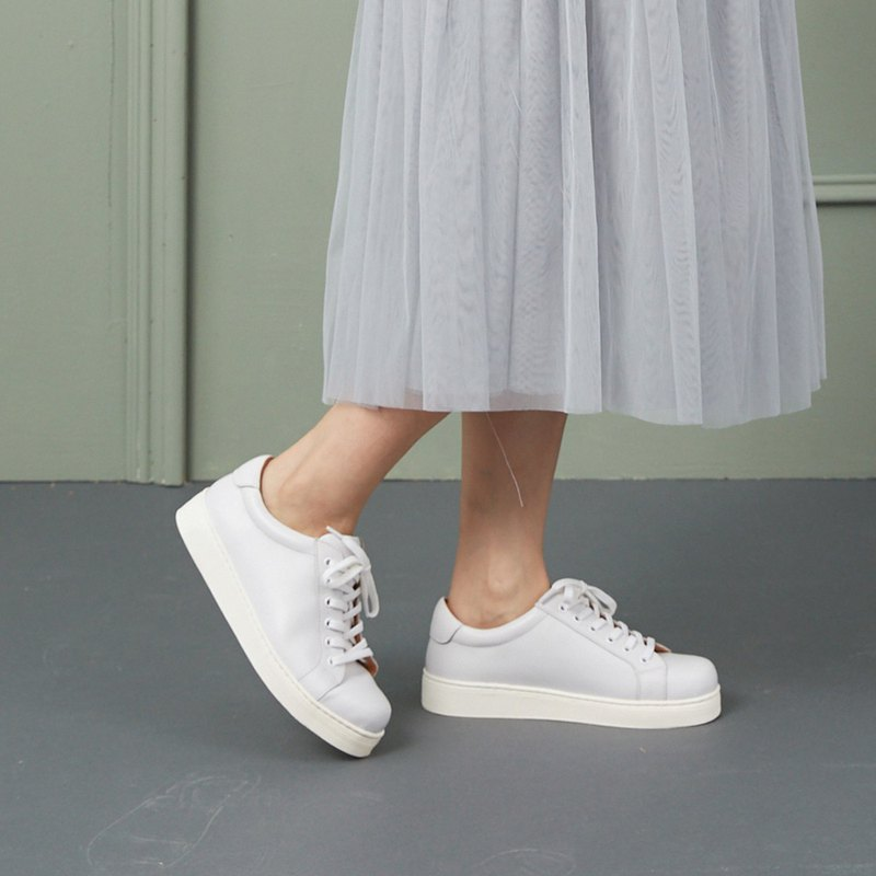[Realize the Daydream] Fully Leather 3M Waterproof and Anti-fouling Increased Dream White Shoes_ 细致 耀 银