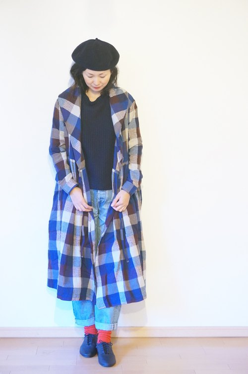 Cotton wool check Gown Coat size