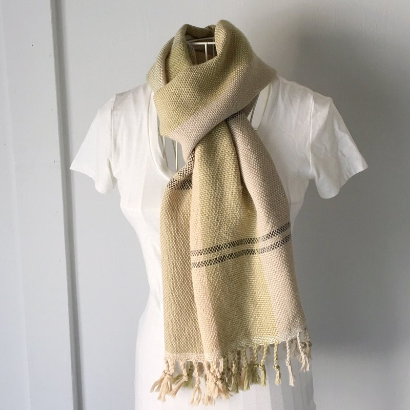 "Unisex hand-woven scarf ""Beige and Green Color Mix"""