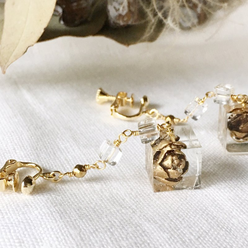 Gold · Tamarack corn and crystal elegant · earrings / earrings