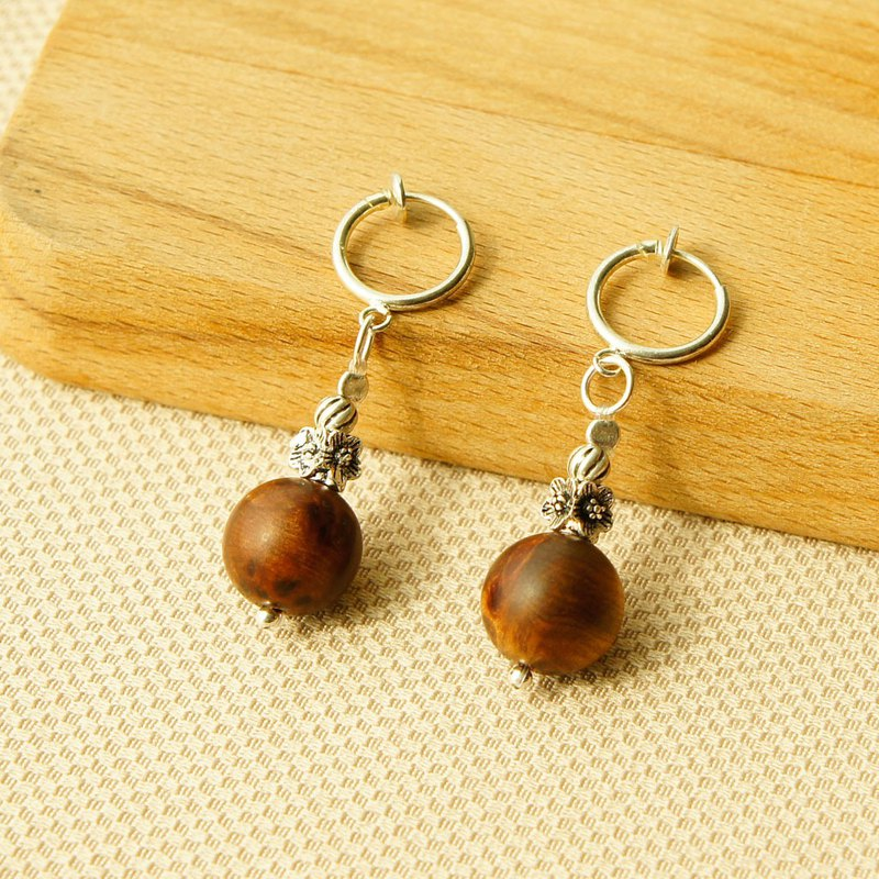 Xiao Nan wooden earrings
