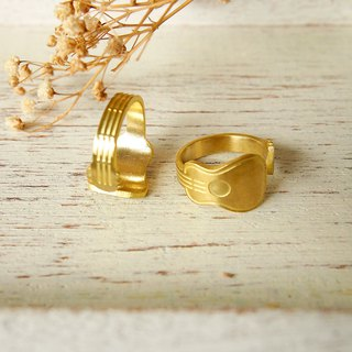 Classic Guitar ring (adjustable free size)