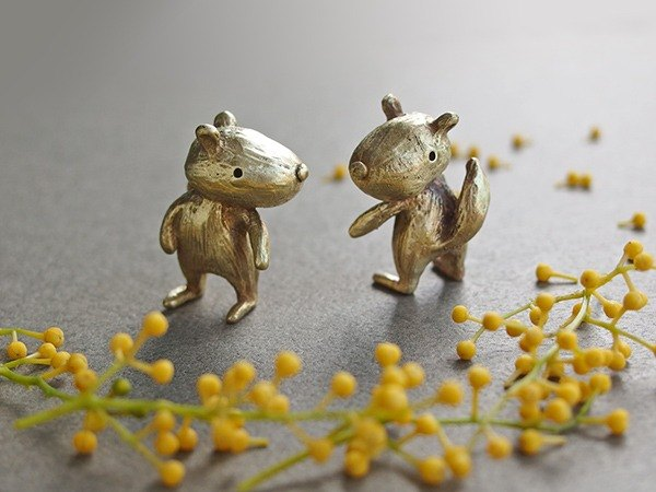 Playful squirrel brass little doll / ornaments / healing
