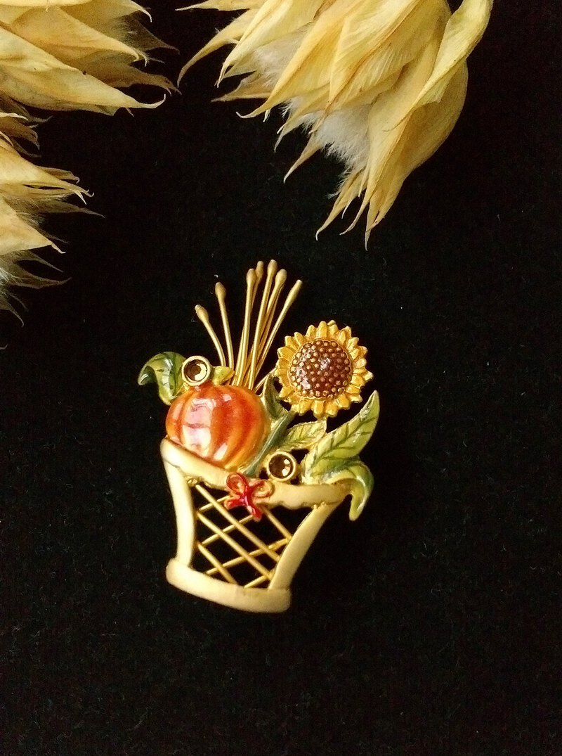 [Western antique jewelry / old age] sunflower 珐琅 country bonsai pin
