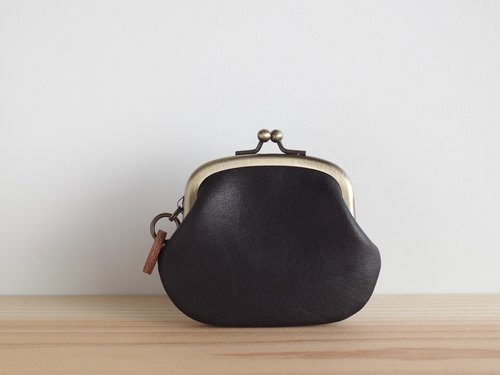 Snap lock leather coin purse Black