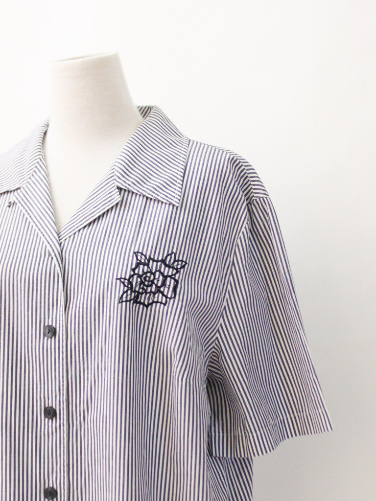 Vintage European Loose Elegant Rose Embroidered Blue Striped Cotton Short Sleeve Vintage Shirt