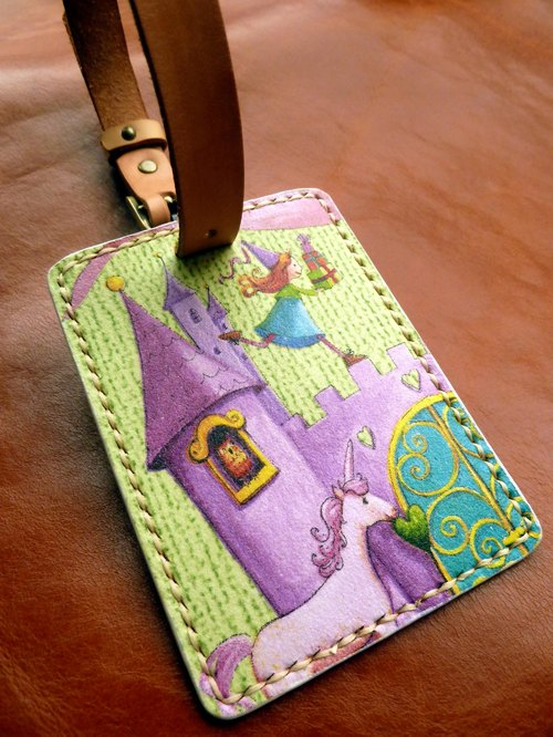 Vegetable tanned leather luggage tag / free play English