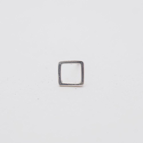 Simple design square line sterling silver earrings (single in)