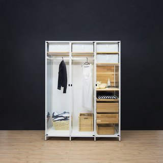 Creesor - Shido 60 glass frame wardrobe