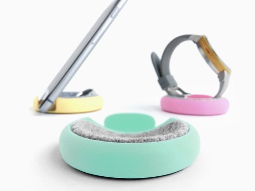 Macaron motif accessories & watch stand & smartphone stand 【pastel green】