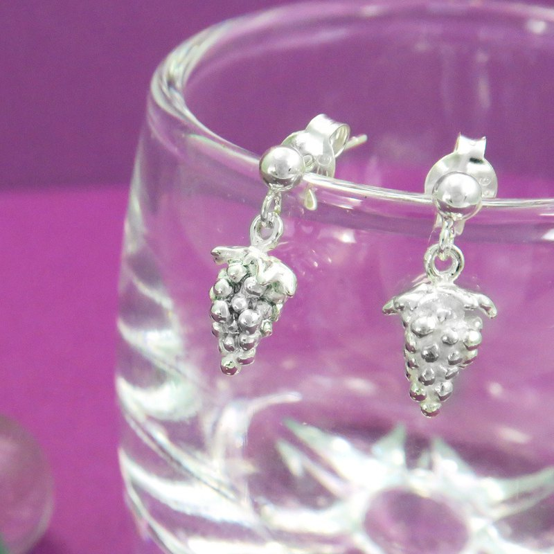 Fruit Fruit Grape Pure Silver Chui Earrings (single)
