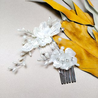 Bring a happy bouquet of flowers - bridal hair comb. French comb. Wedding buffet - combination of white