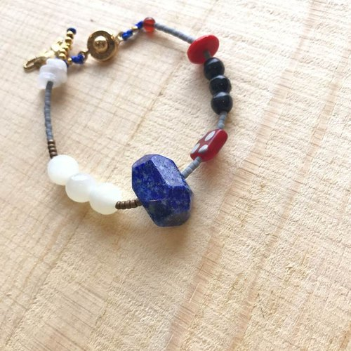 [ Cat and Mice • Beads beat Beads] bracelet collection-天然石系列005 (青金石)