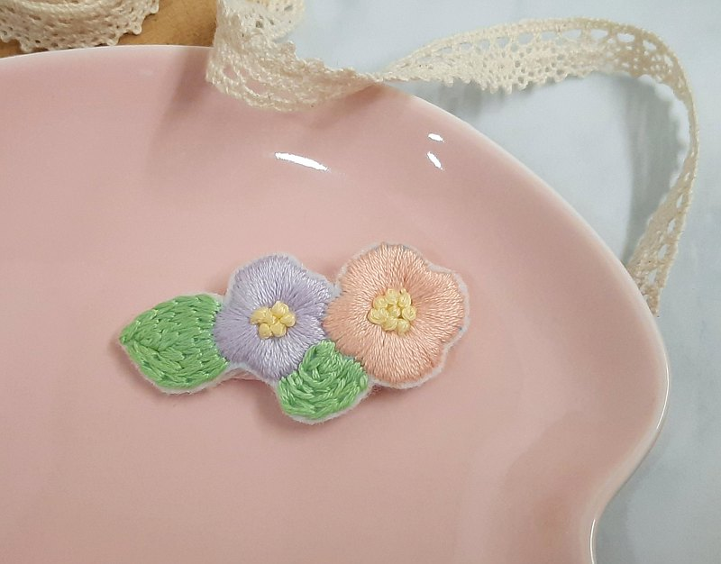 Hand embroidery. Spring Overture and Wind Flower Hair Clips (BB Clip / Hair Accessories / BB Hair Clips)