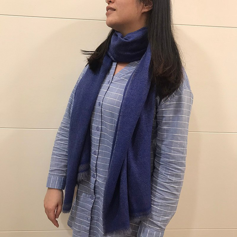 Cashmere cashmere scarf/shawl hand-woven blue pattern thickened