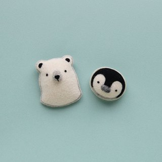 Le Yang, good fun wool felt material bag - white bear cotton candy pin