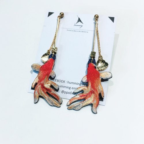 humming-Embroidery earrings /fantail goldfish