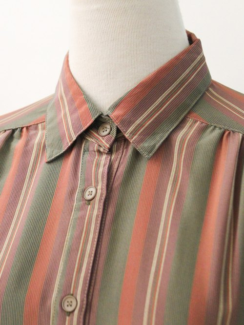 Vintage Japanese Made Easy Simplified Article Red Bean Thin Vintage Shirt Vintage Blouse