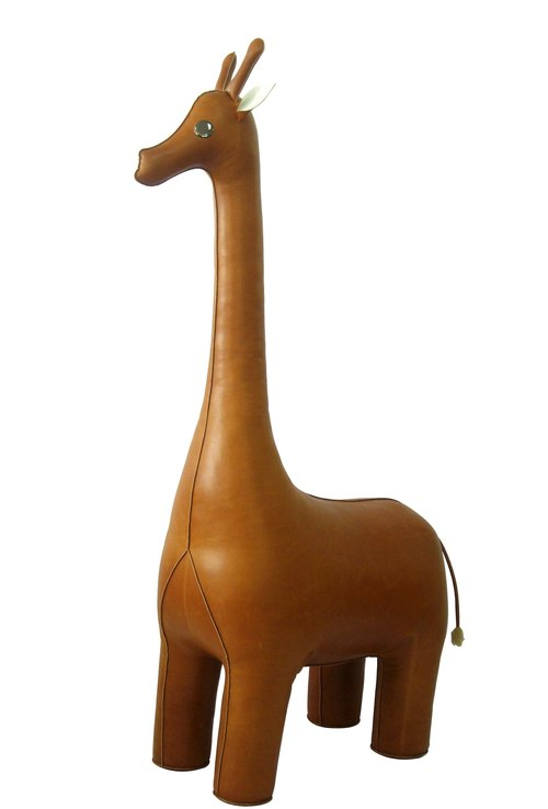 Zuny-Giant-Classic Giraffe-style home furnishings (tan)