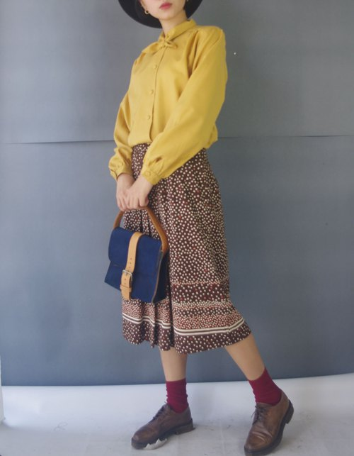 Treasure treasure ancient - autumn leaves brown color knitted retro dress